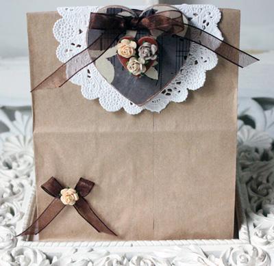Envoltorio regalos con bolsas de papel kraft