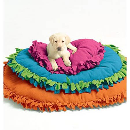 No-Sew DIY Pet Bed Idea 18