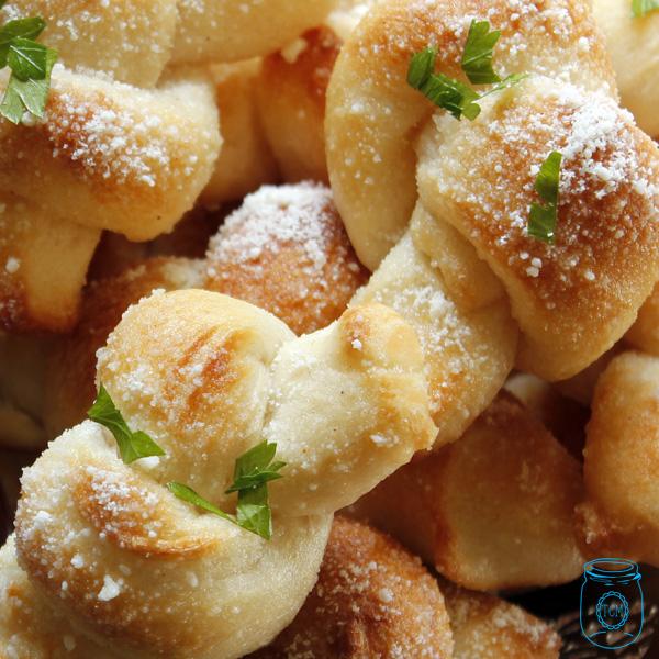 GarlicKnots-1