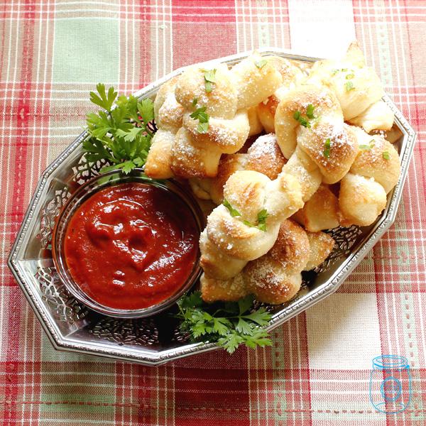 GarlicKnots-4