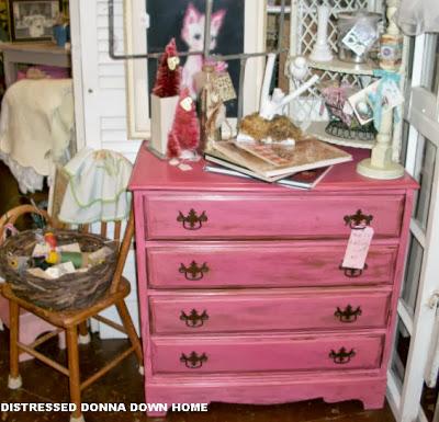 2013-10-20 Pink Dresser 009