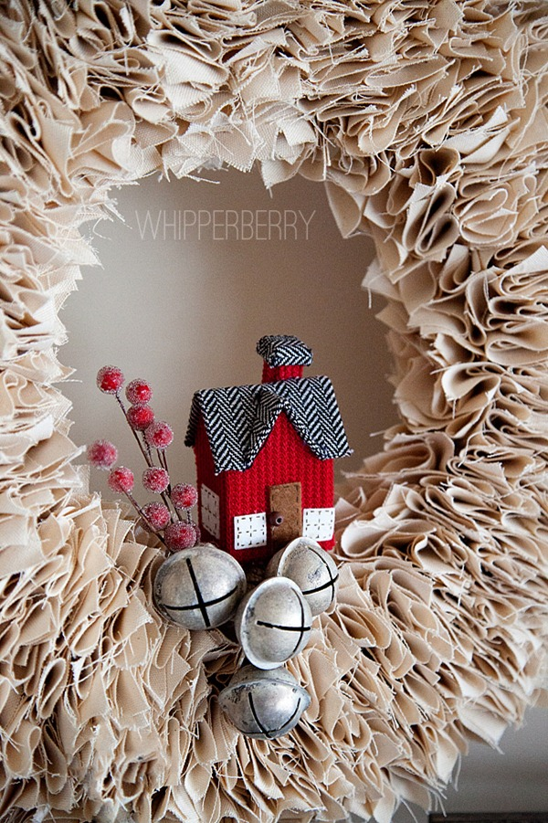 Winter Wreaths Part - 17: Decorate-your-winter-white-wreath-with-little-items_thumb