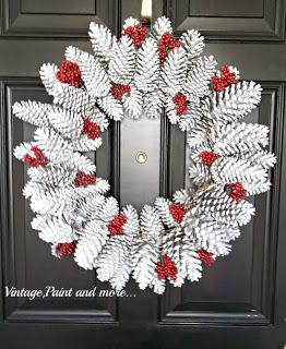 12-10-12 939 pinecone wreath