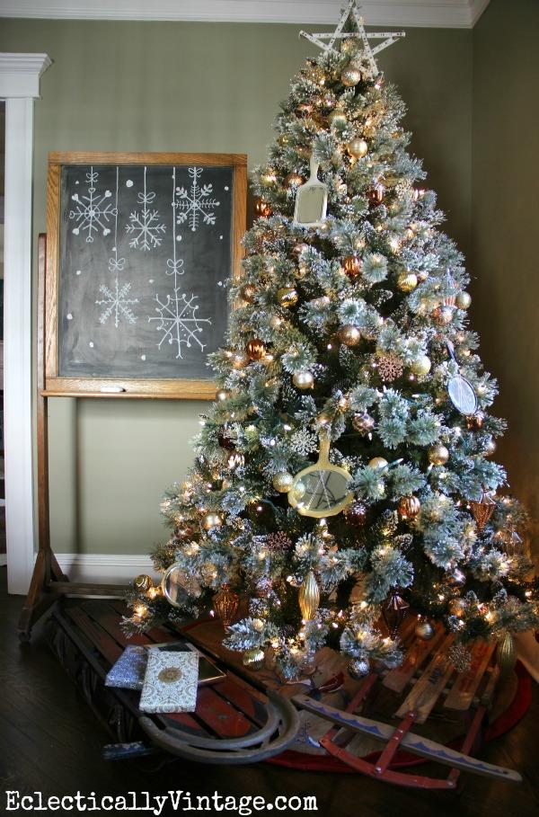 Christmas-Tree-EV1