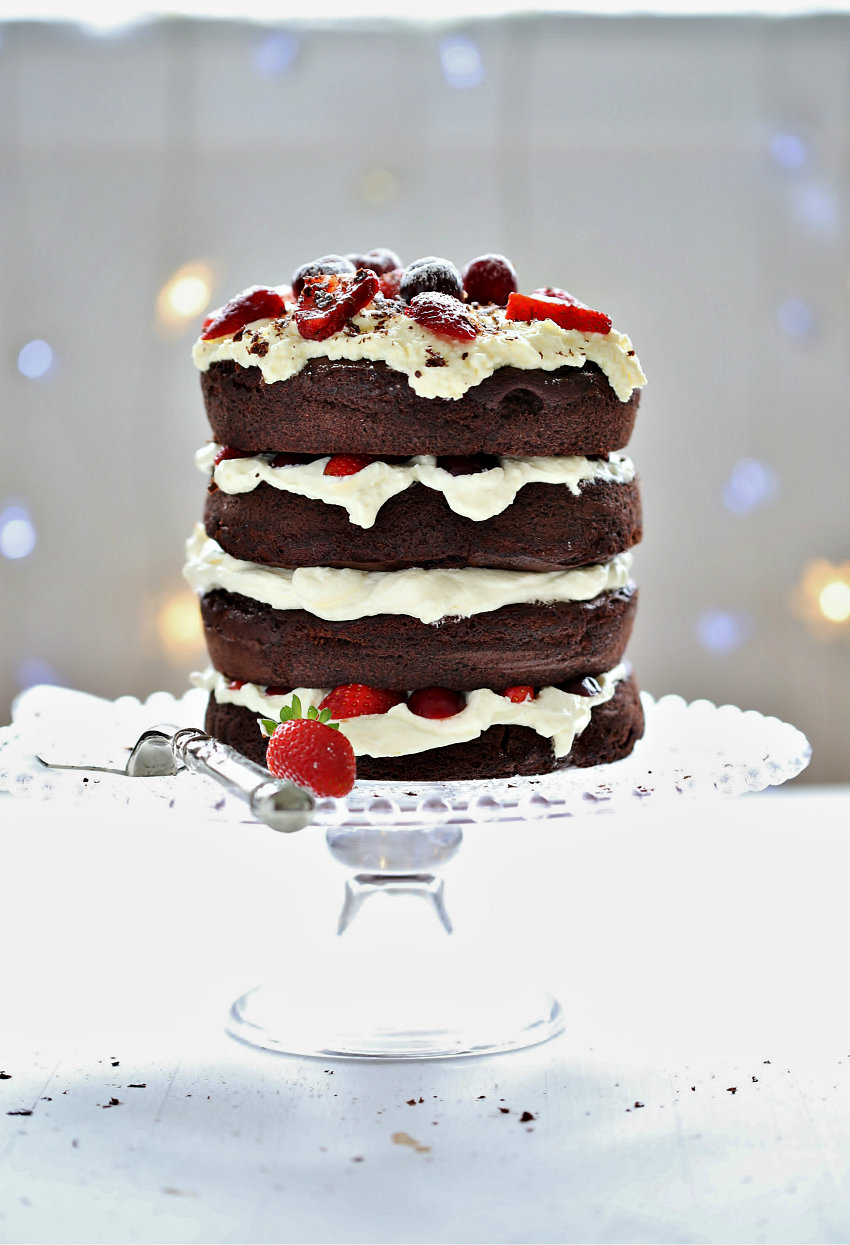 easy-chocolate-cake-dessert-recipe-abeachcottage.com-how-to-make-a-holiday-dessert