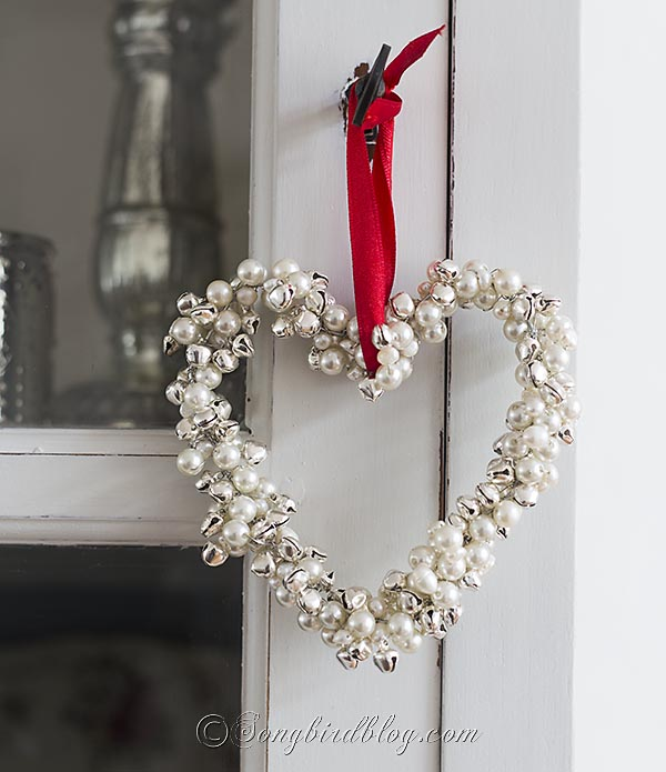 homemade-Christmas-ornament-jingle-bells-pearls-heart