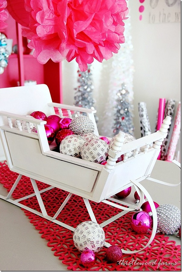 pink-and-blue-Christmas-sleigh_thumb