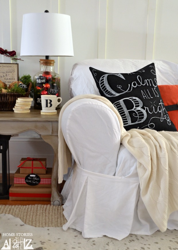 Pottery Barn throw pillows can be yours with this DIY tutorial