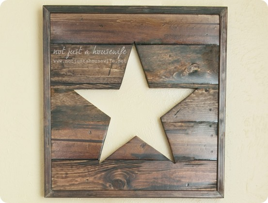 This pottery barn inspired wooden star sign is the perfect DIY if you love rustic decor