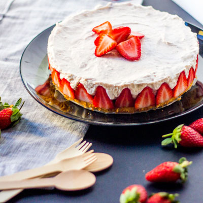 A Matter of Taste...Strawberry Mousse Cake