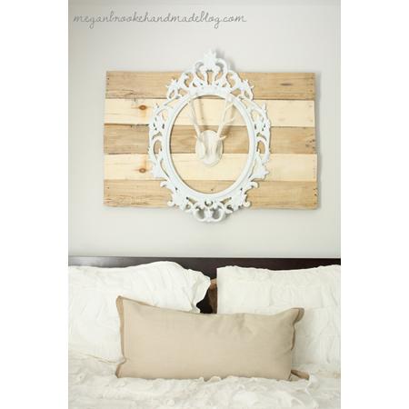 Megan Brooke Handmade...Faux Antler Pallet Wall Art