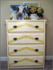 Chalk-Paint-Chest