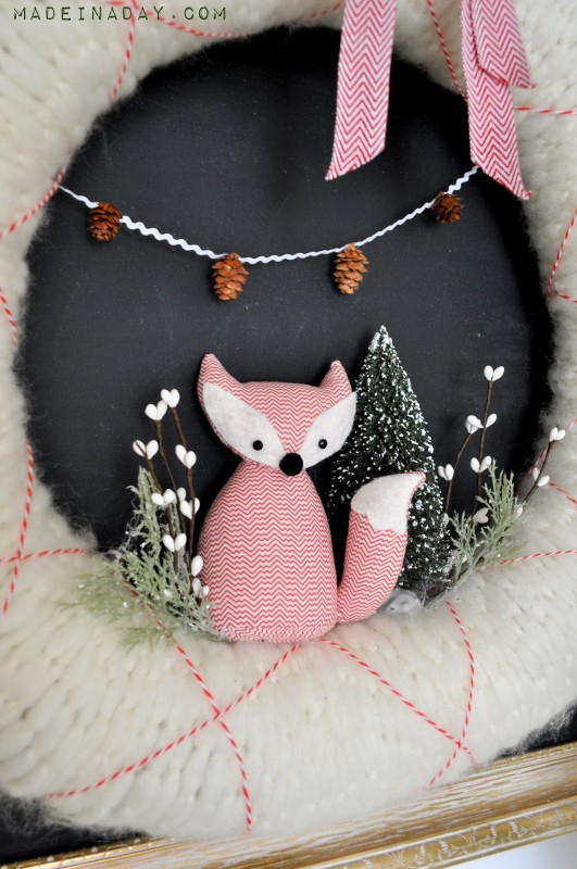 Fox-Christmas-Holiday-Wreath-531x800