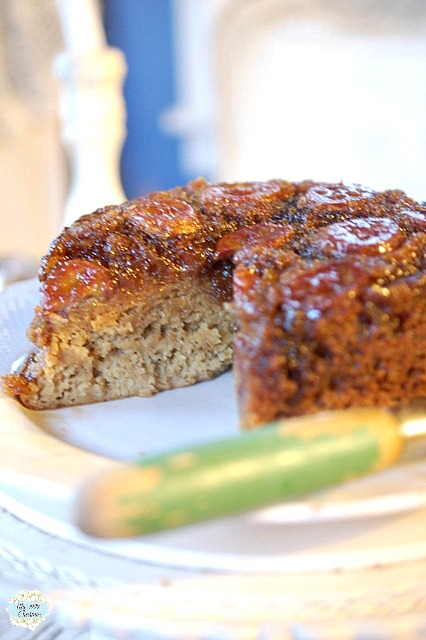 http://thecottagemarket.com/wp-content/uploads/2015/02/Caramelized-Banana-Upside-Down-Cakes.jpg