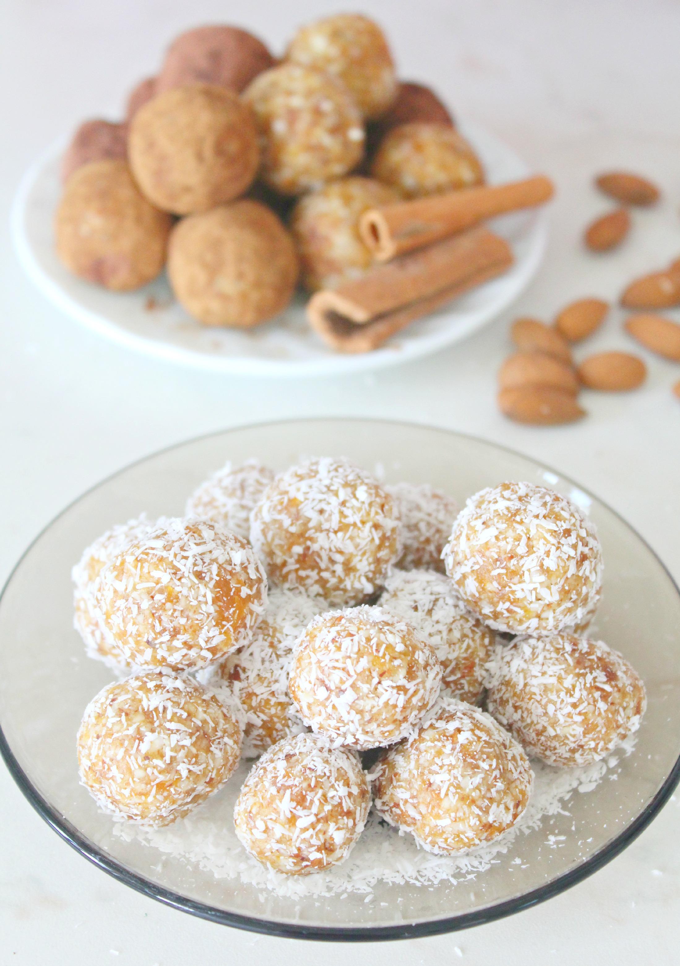 Almond-apricot-energy-balls-21