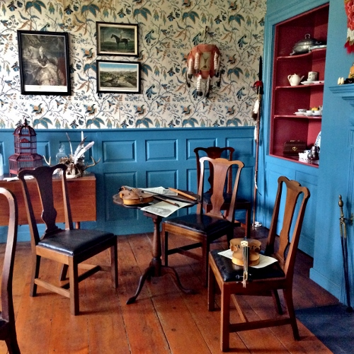 the blue parlor Johnson Hall (500x500)