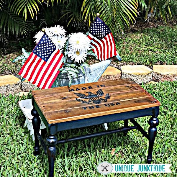 Patriotic-Pallet-Table