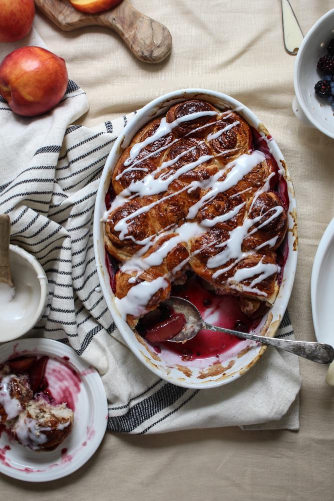 nectarine-berry-cinnamon-roll-bake-1-62-667x1000
