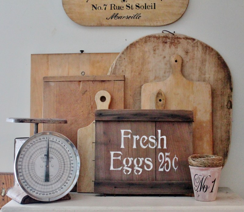 vintage-fresh-eggs-sign-with-bread-boards