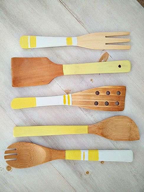 Painted-Wooden-Kitchen-Utensils-7