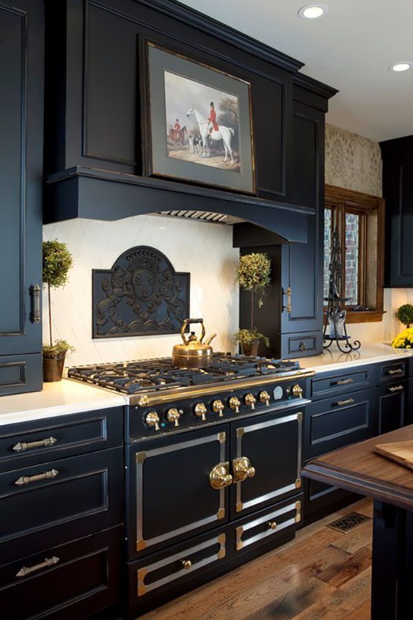 15 Beautiful Black Kitchens The Hot New Kitchen Color Page 6 Of 17 The Cottage Market