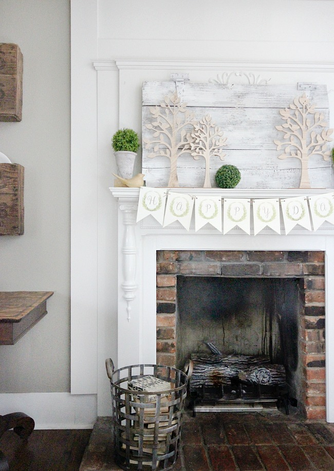 banner living room mantel