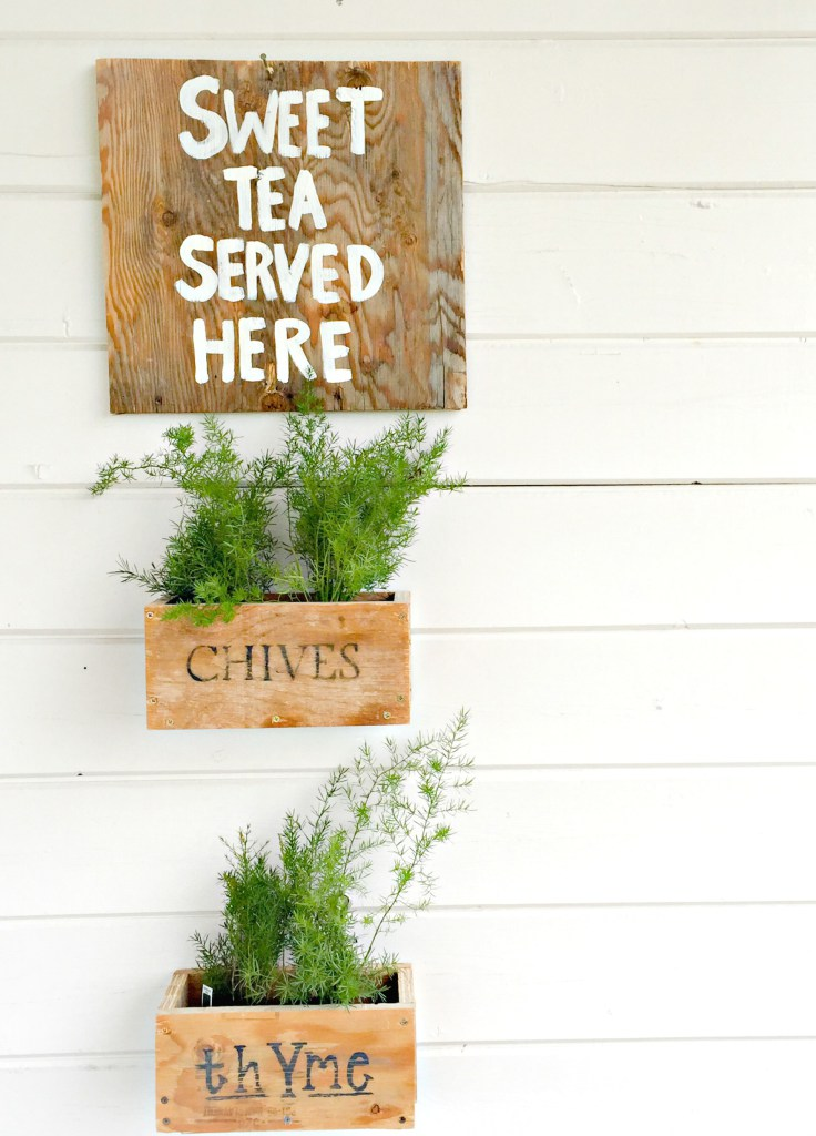 DIY-hanging-planter-boxes2