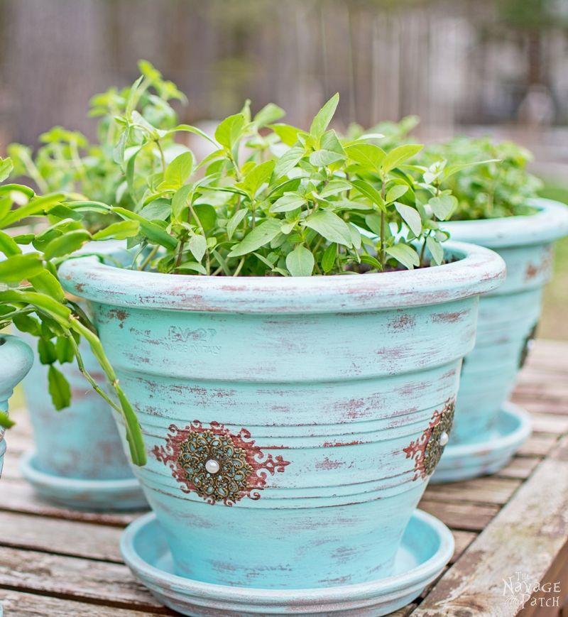 Refinishing-Old-Flower-Pots-016