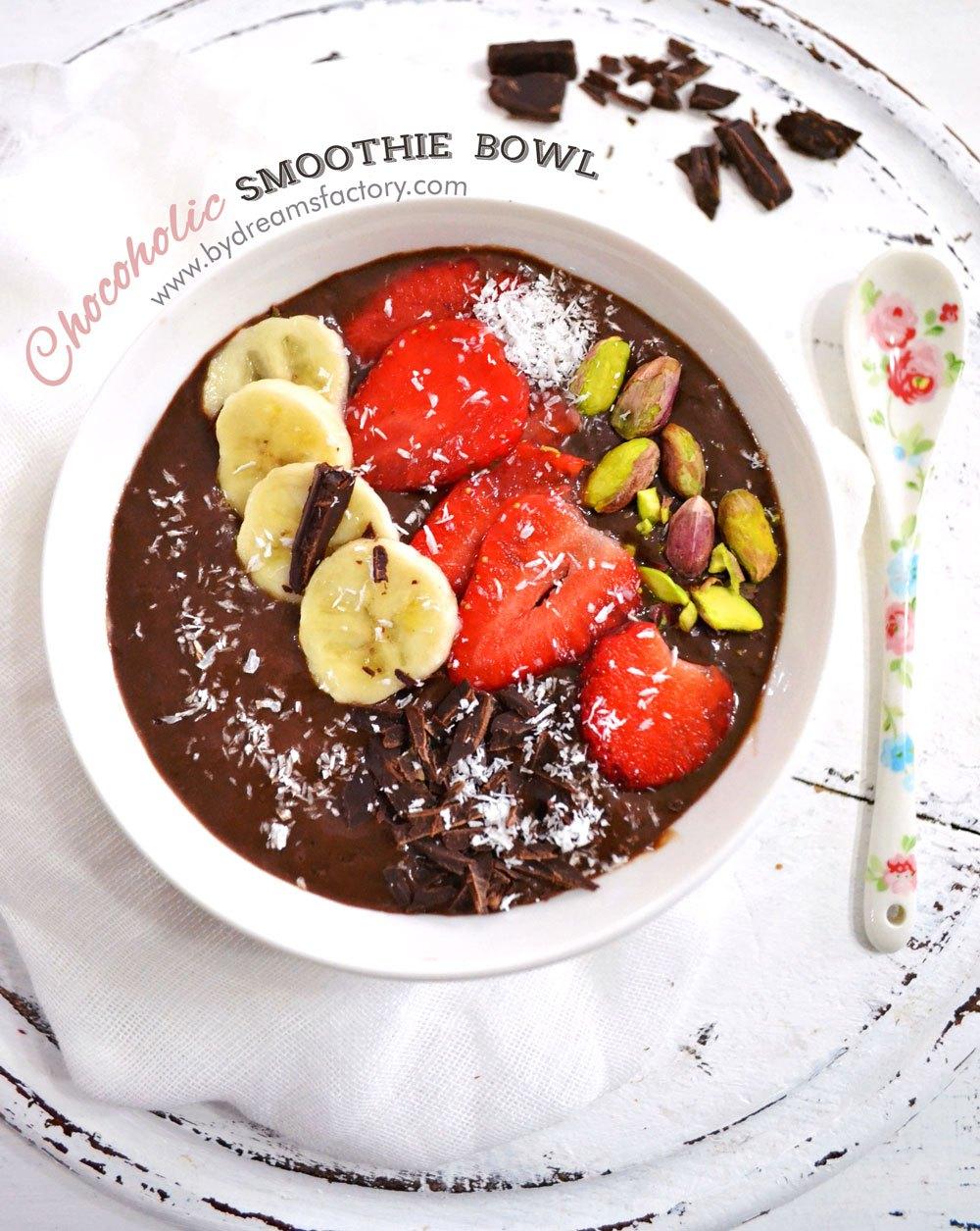 DSC_6162-smoothie-chochoholic-smoothie-bowl-final