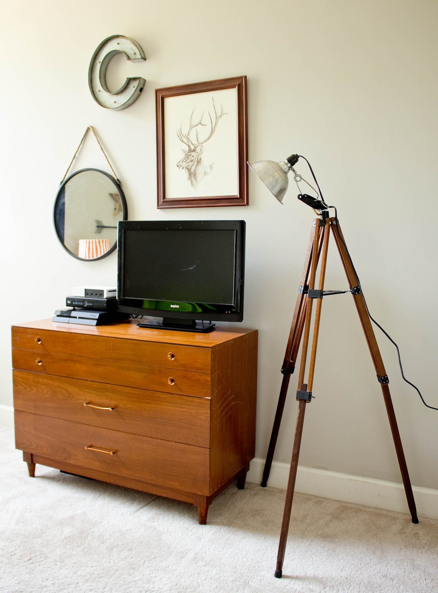 tripod-lamp-9-7410