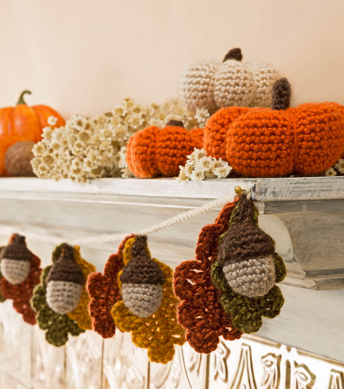 15 fresh fall free crochet patterns page 4 of 4 the cottage market - Decoration au crochet ...