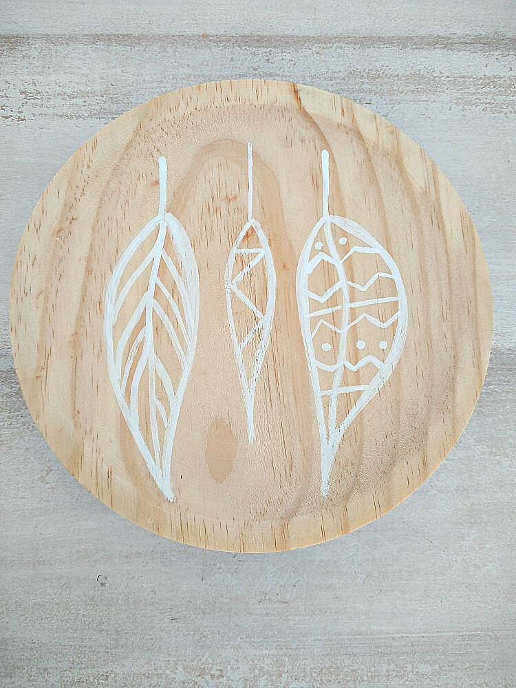 painted-wooden-plates-for-fall-kreativk.net-1