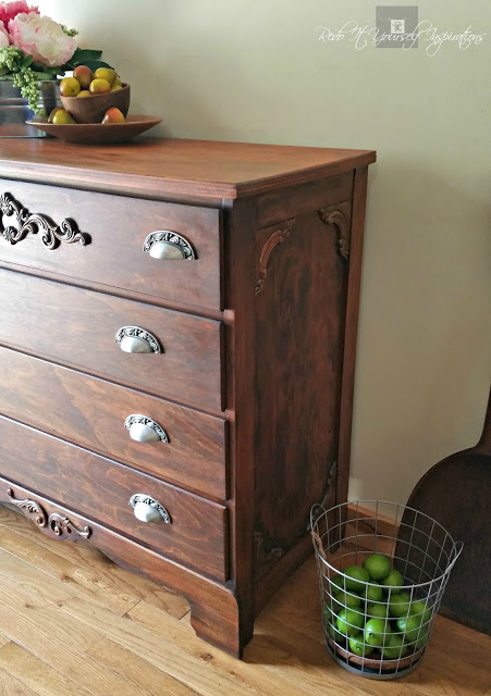 http://thecottagemarket.com/wp-content/uploads/2016/09/refinished-chest-of-drawers-into-antique-look-wm.jpg