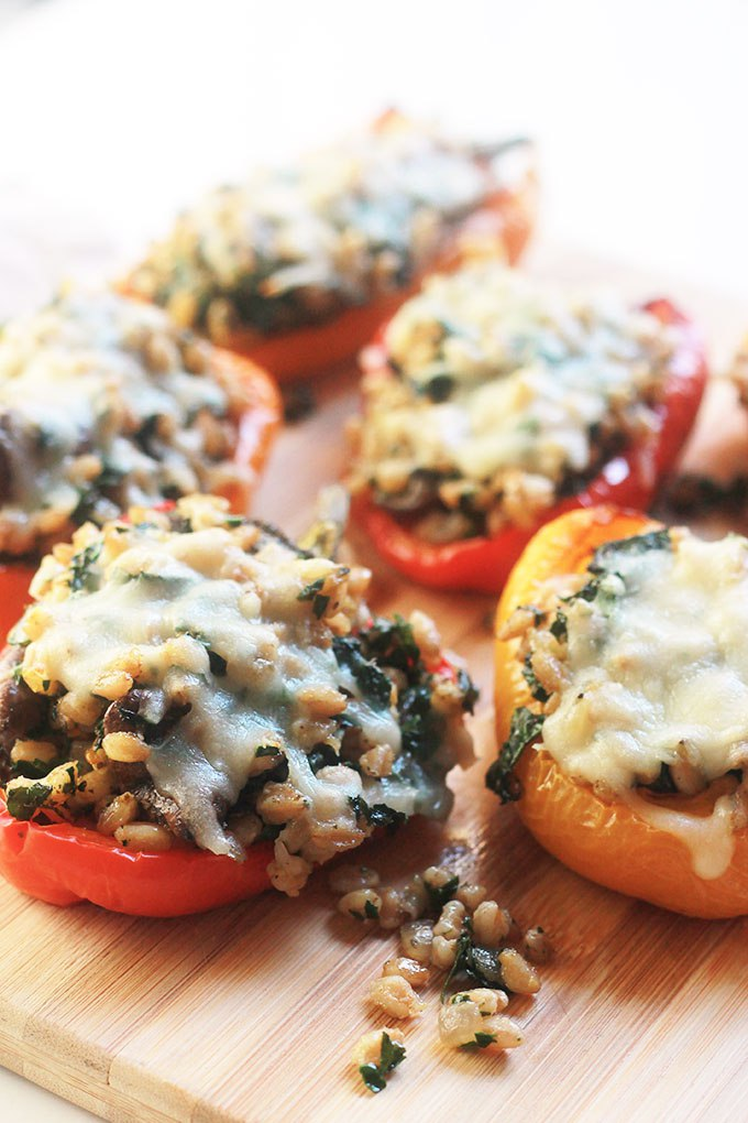 Kale-Farro-Stuffed-Peppers4