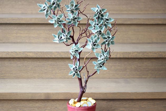 Cool And Creative Ways To Give Money As A Gift The Cottage Market Rh Thecottagemarket Com Homemade Tree Pinterest Wedding
