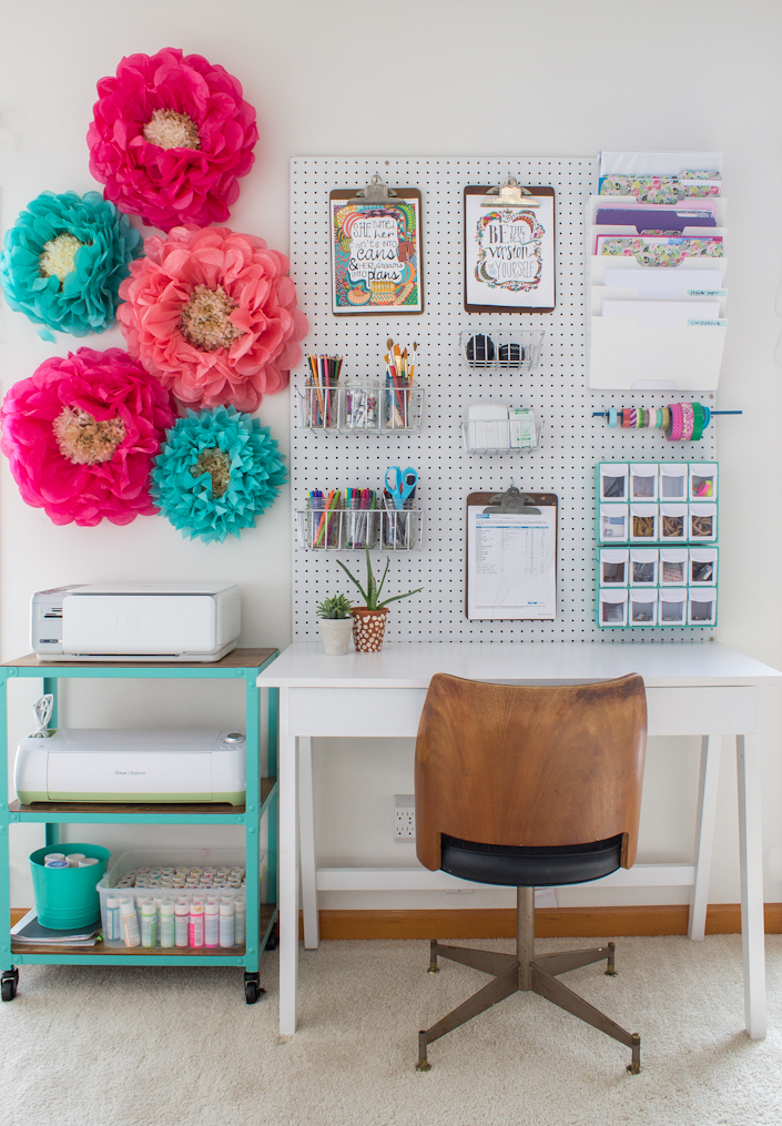 22 diy pegboards to organize almost everything the cottage market organizingthecraftroom publicscrutiny Images
