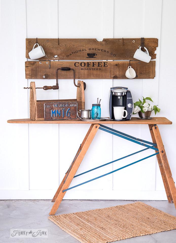 http://thecottagemarket.com/wp-content/uploads/2017/02/CoffeeMugRack1.jpg