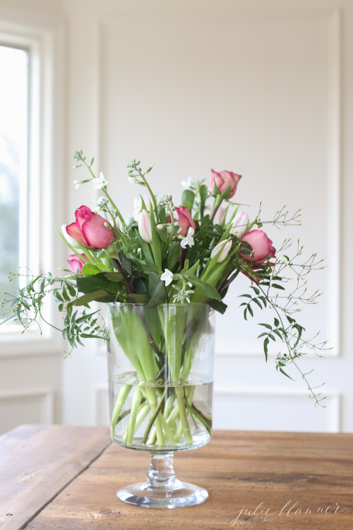 Adding A Touch Of Spring With Farmhouse Flower Ideas The Cottage Market