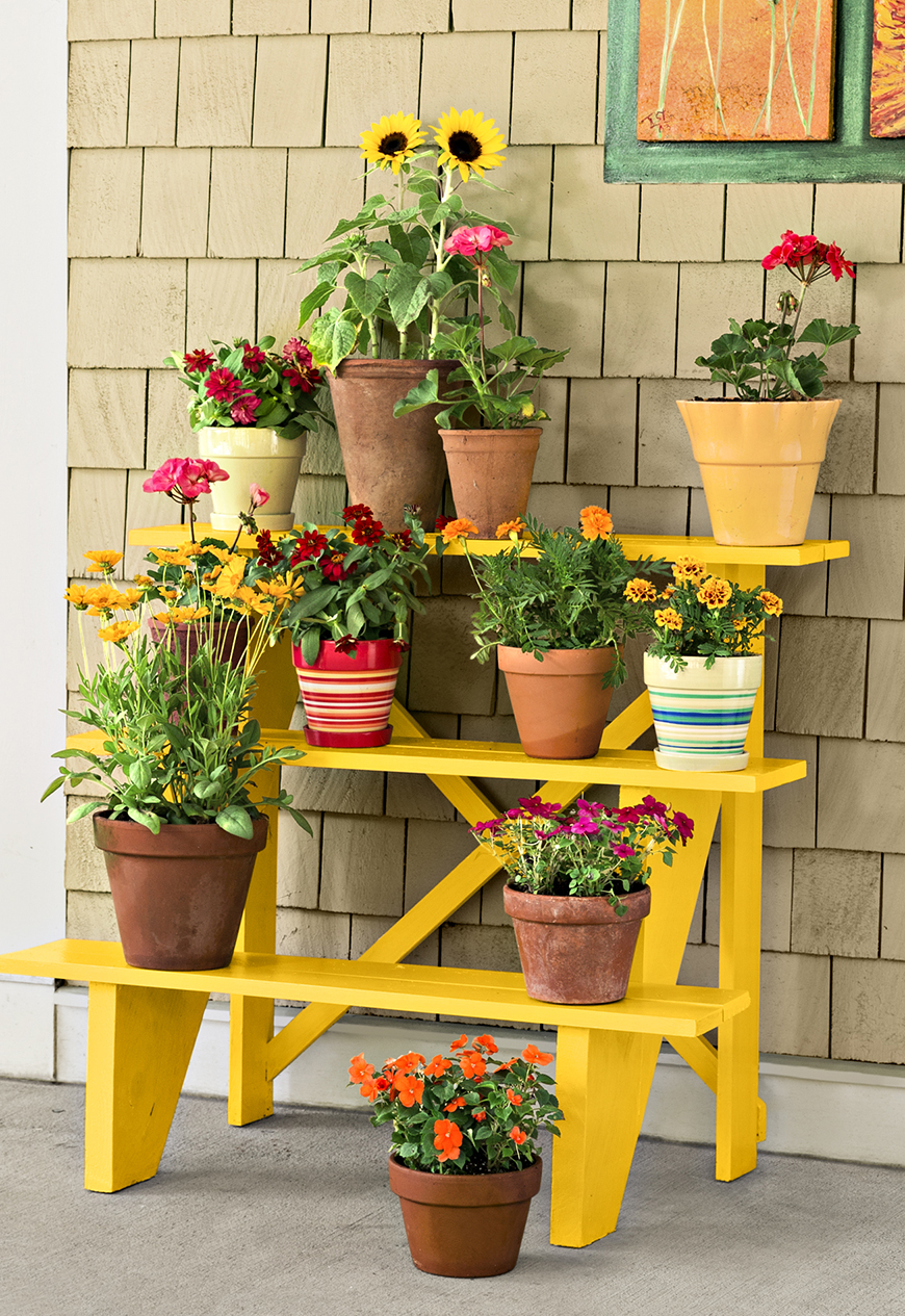 Recreate this bright plant stand with some 1x2s