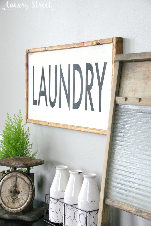 This DIY laundry sign is a perfect farmhouse touch for your laundry room