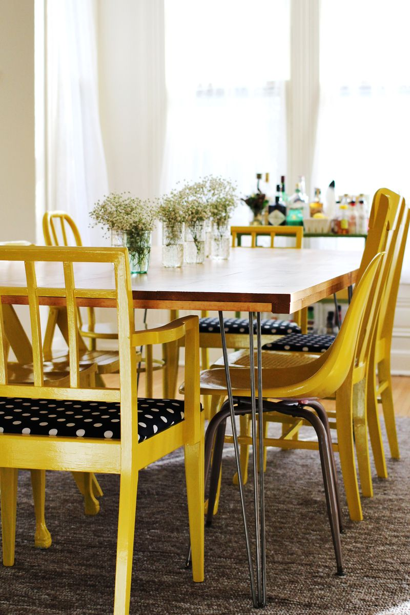 Fun farmhouse diy tables the cottage market for Yellow farmhouse table
