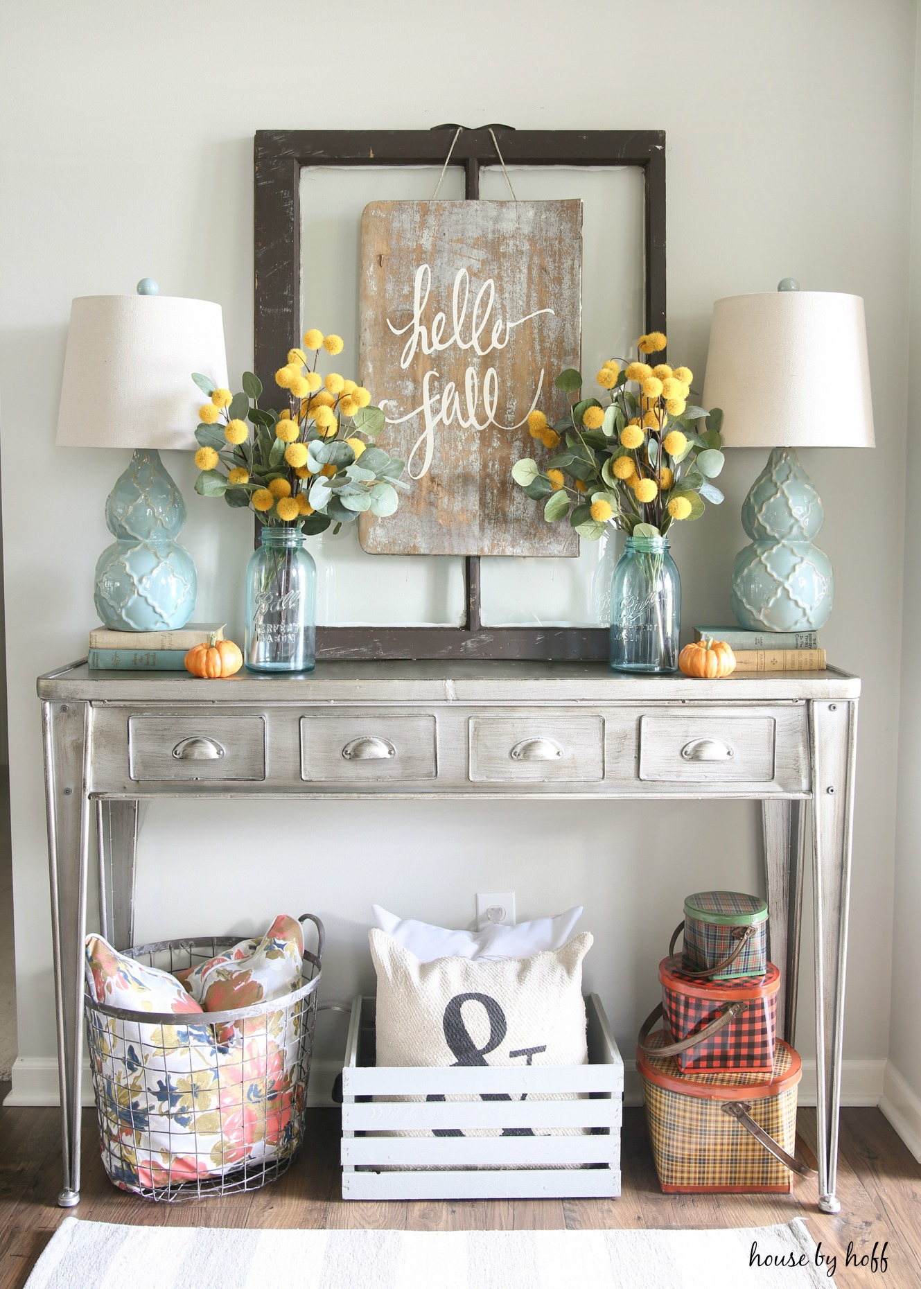 18 Elegant Ways To Give Your Entryway Farmhouse Style The Cottage Market