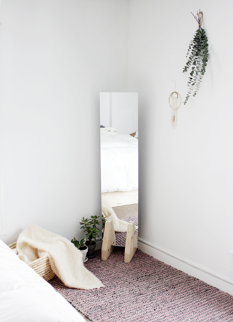 Diy Farmhouse Mirrors You Will Want To See Your Reflection In The Cottage Market