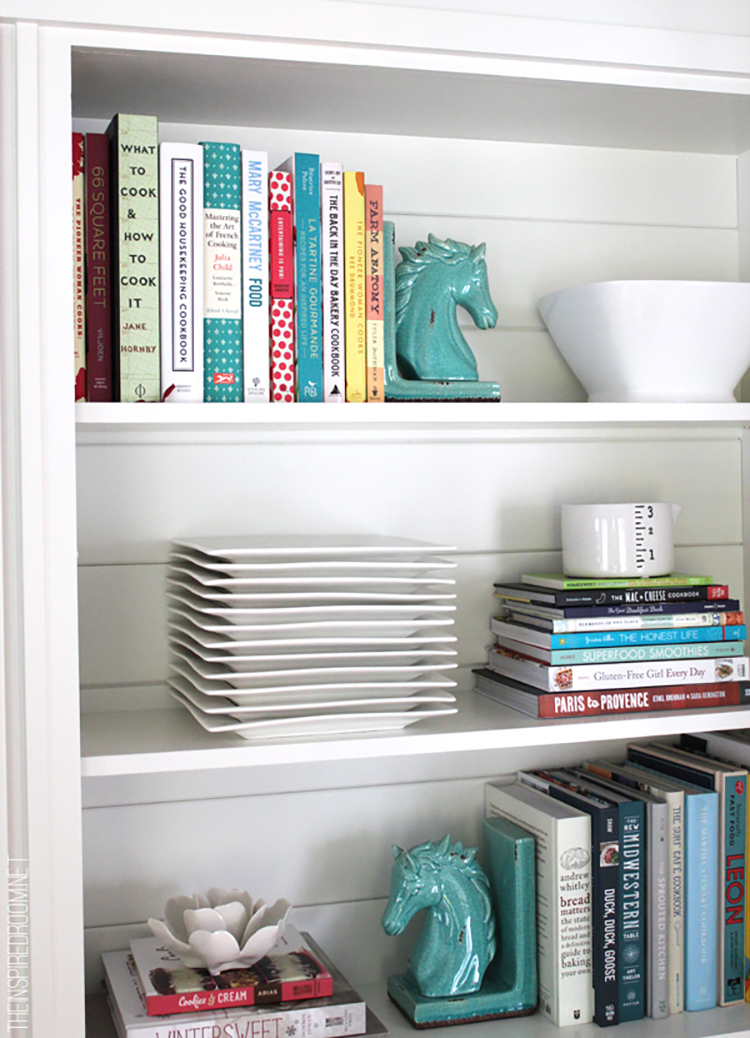 Joanna Gaines Always Finds The Perfect Way To Display Things And She Made This Collection Of Cookbooks Sine In Safe House