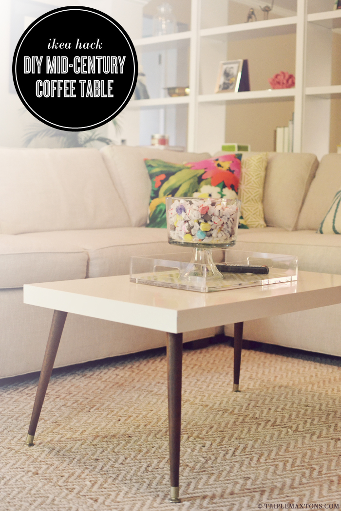 This streamlined coffee table is such a sleek modern design that's a simple DIY