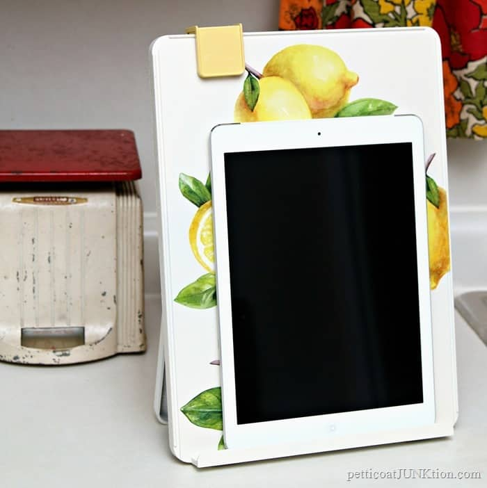 This lemon iPad holder is great when cooking in the kitchen.