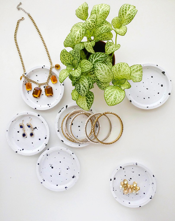 You can use these IKEA coasters for just about anything from holding jewelry to plants