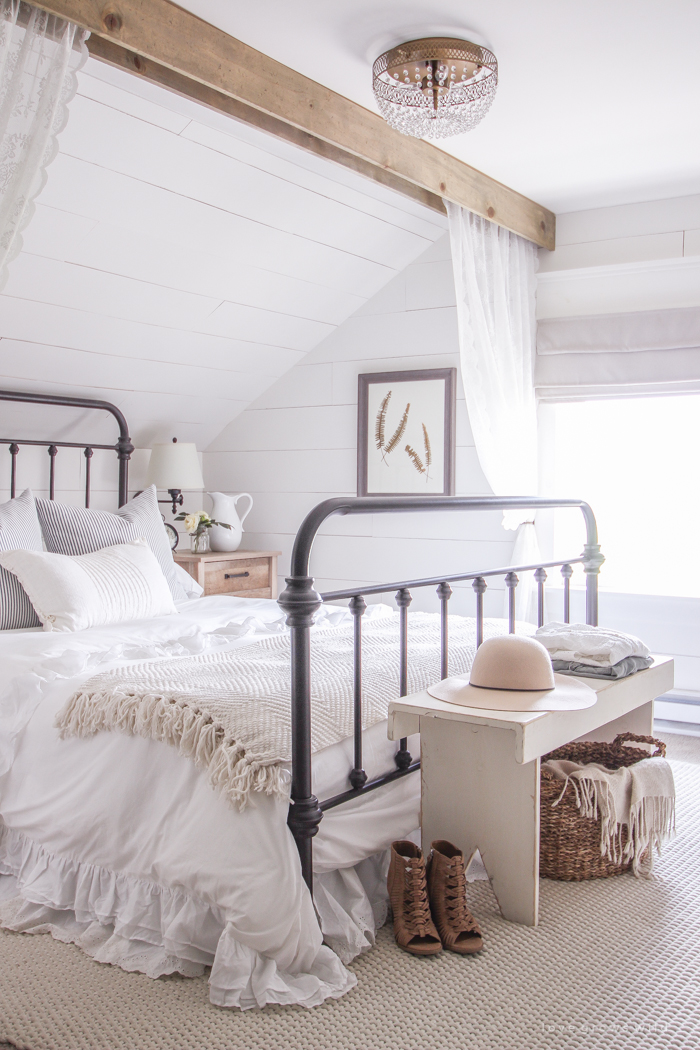 http://thecottagemarket.com/wp-content/uploads/2018/05/Bedroom1.jpg