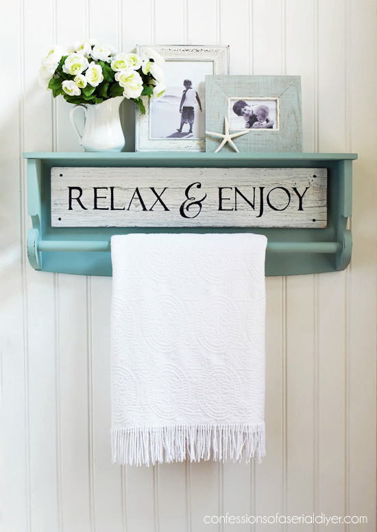 This DIY coastal towel rack with a farmhouse flare is bright and simple.