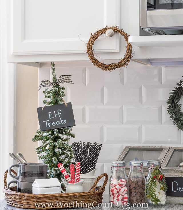 Kitchen Decorated For Christmas: Farmhouse Kitchen Decorating Ideas Perfect For Christmas
